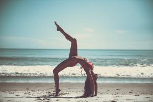 beach yoga adelaide